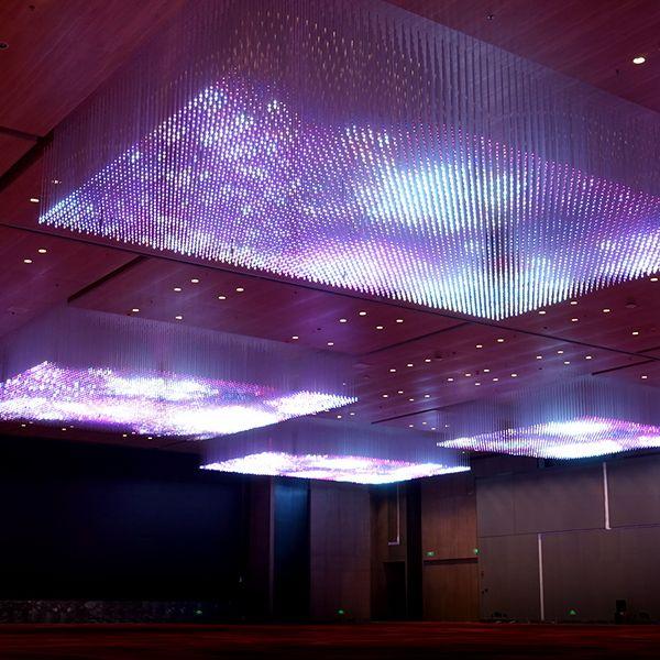 RGB可控灯光吊灯