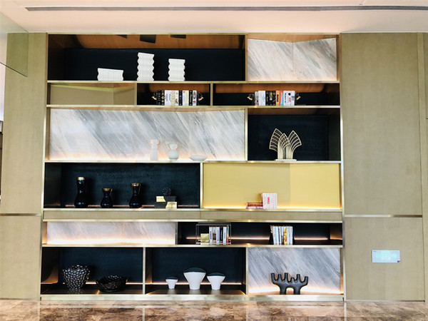 不锈钢展示柜  Stainless steel display cabinet