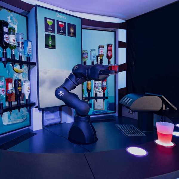 Barney 咖啡调酒机器人